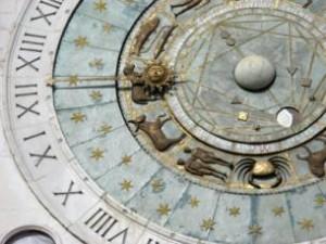 52946-305x229-Chart_birth_clock