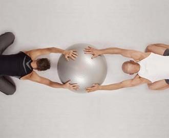 394739_tipps_gegen_stress_relax_yoga